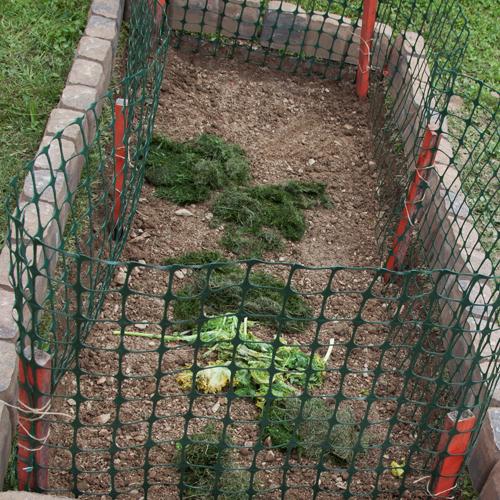 Make compost pit at home